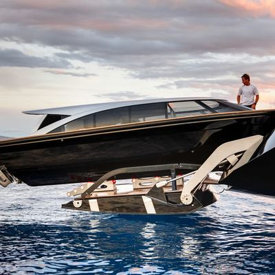 Vertigo Yacht Tender Launch