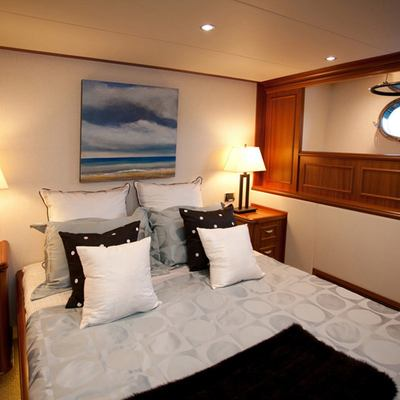 Liquidity Yacht Guest Stateroom