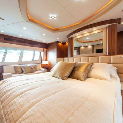 Aleksandria England Yacht