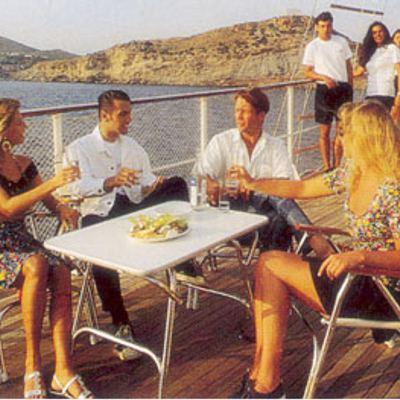 Sea Crown Deck Dining