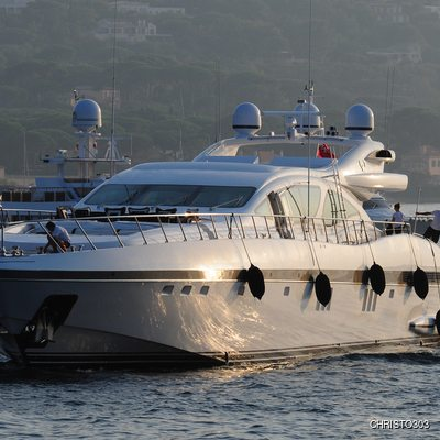 Celcascor Yacht Front View