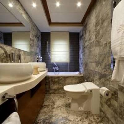 Corvus Yacht Bathroom