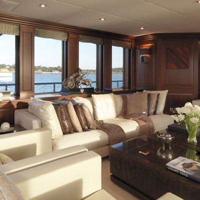 My Little Violet Yacht Upper Salon - Seating