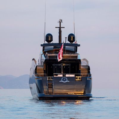Rock 13 Yacht