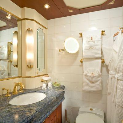 Queen D Yacht Forward Guest Bathroom