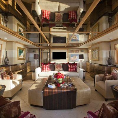 Big Change II Yacht Salon