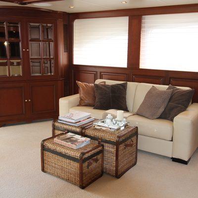 Brunello Yacht Sky Lounge