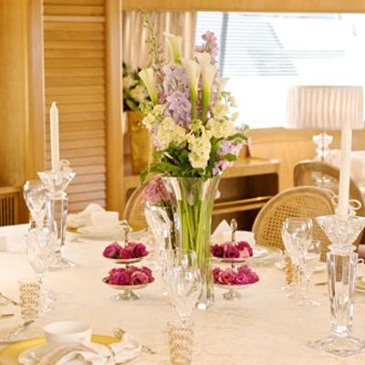 Sea Lady II Yacht Dining Detail
