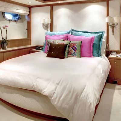 Jo Yacht Versace Guest cabin