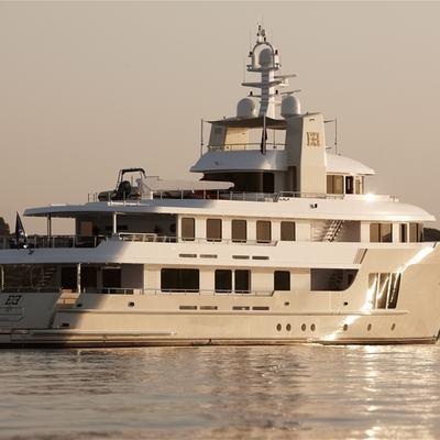 E & E Yacht Overview