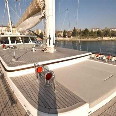 Zelda Yacht On Deck