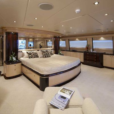 Lady Leila Yacht Upper Deck Master Stateroom