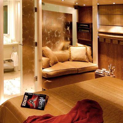 Elegant 007 Yacht Guest Stateroom - Dark