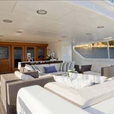 Mercury Yacht Sundeck - Bar