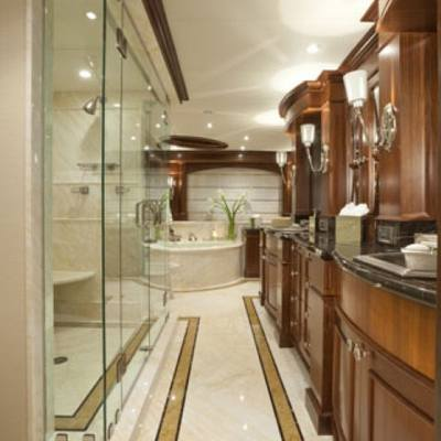 Wheels Yacht Master Bathroom - His