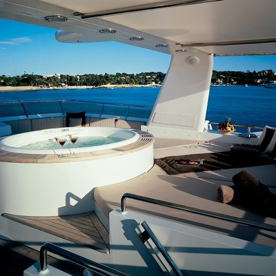 Lionshare Yacht Jacuzzi