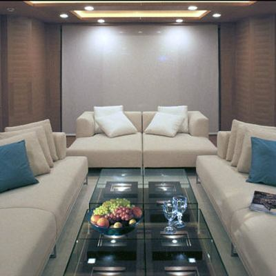 Kintaro Yacht Salon