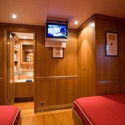 Heritage Yacht Twin Stateroom - Screen