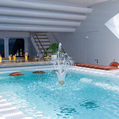 Horizons III Yacht Swimming Pool