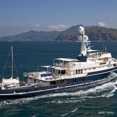 Seawolf Yacht Running Shot - Side View