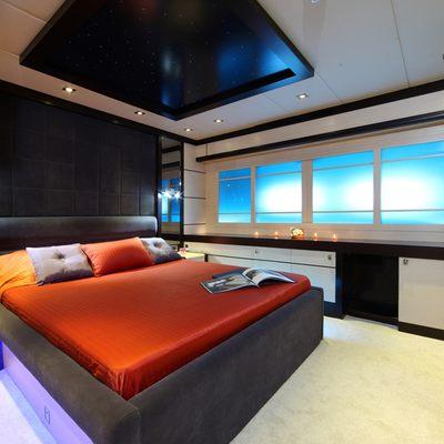 Perla del Mare Yacht Stateroom