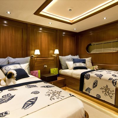 Clear Eyes Yacht Twin Stateroom