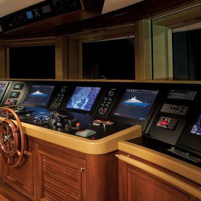 Aquila Yacht Bridge - Interior