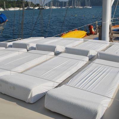 Esma Sultan Yacht Sun Beds