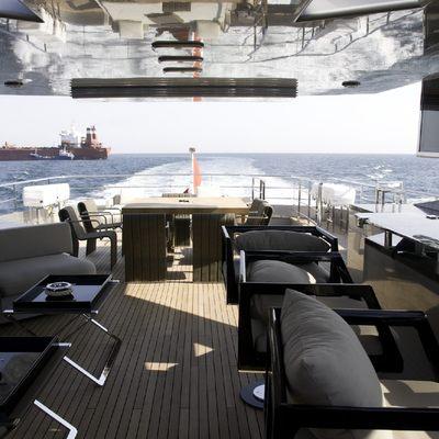 Tee-Dje Yacht