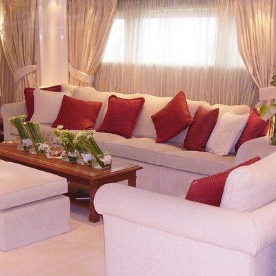Elegant 007 Yacht Main Salon - Seating Area