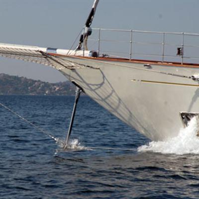 Gweilo Yacht Bow