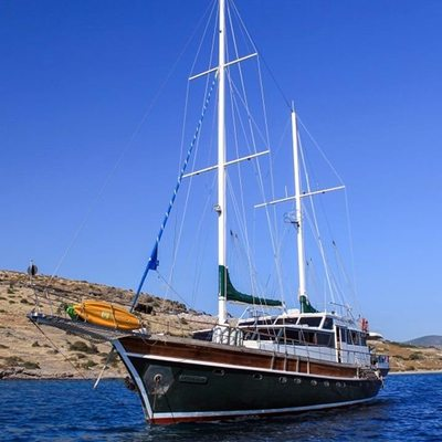 Golden Glory Yacht