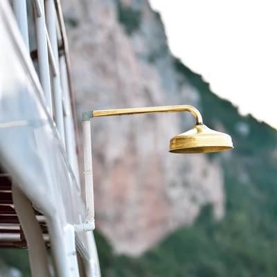 Entrancer Yacht