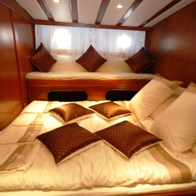 Gem Yacht Guest Stateroom