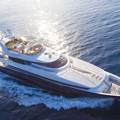 Daloli Yacht Running Shot - Aerial