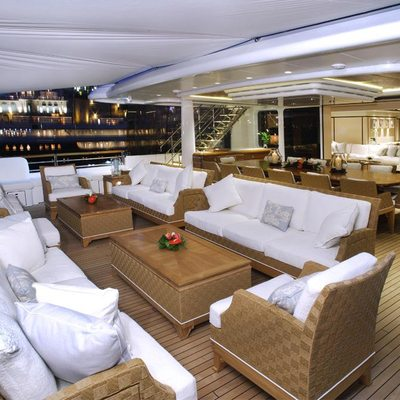 Baton Rouge Yacht Deck - Seating