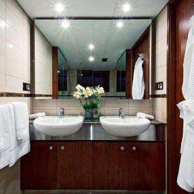 Callista Yacht Guest Bathroom