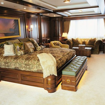 Paraffin Yacht Main Stateroom