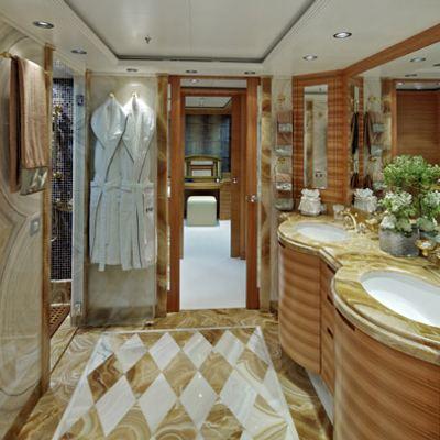 Mia Rama Yacht Master Bathroom