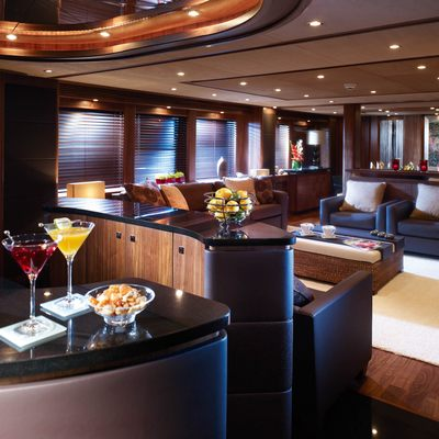 The Devocean Yacht Bar & Salon