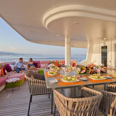 Ohana Yacht Exterior Dining Table
