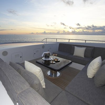 Naseem Yacht Deck Seating
