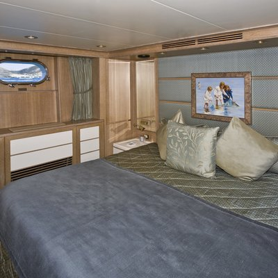 Te Manu Yacht Blue Guest Stateroom