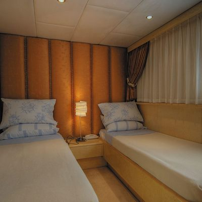 CD Two Yacht Twin Stateroom