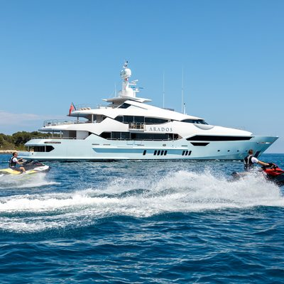 Arados Yacht
