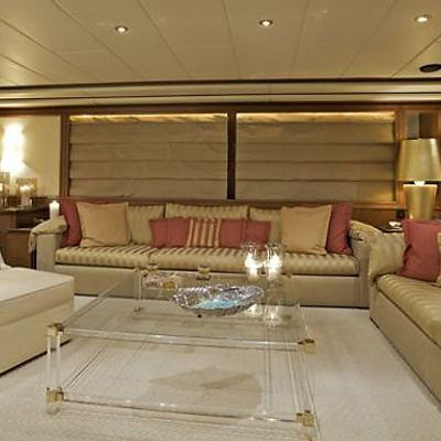 Lady Ellen Yacht Saloon - Seating