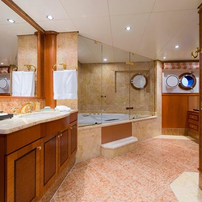 Force Blue Yacht VIP Bathroom