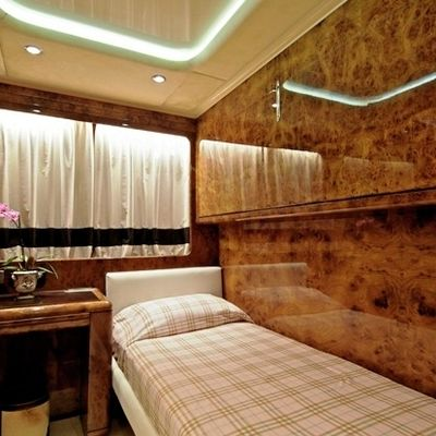 Obsesion Yacht Single Stateroom