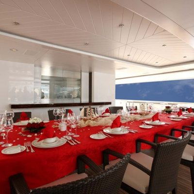 Nomad Yacht Exterior Dining