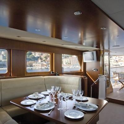 Labrador Yacht
